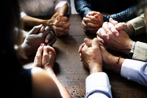 Praying Hands-min